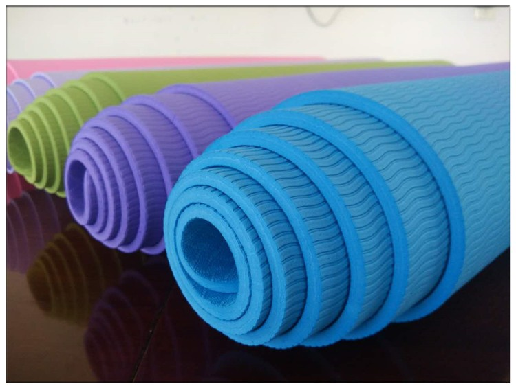 Long-Lasting Non-Slip Yoga Mat for Beginners02