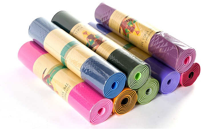 Thick and Moisture Proof Yoga Mat01